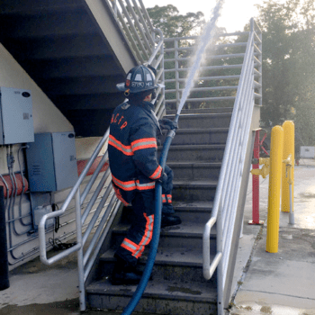 Hi-Power fire hose in action